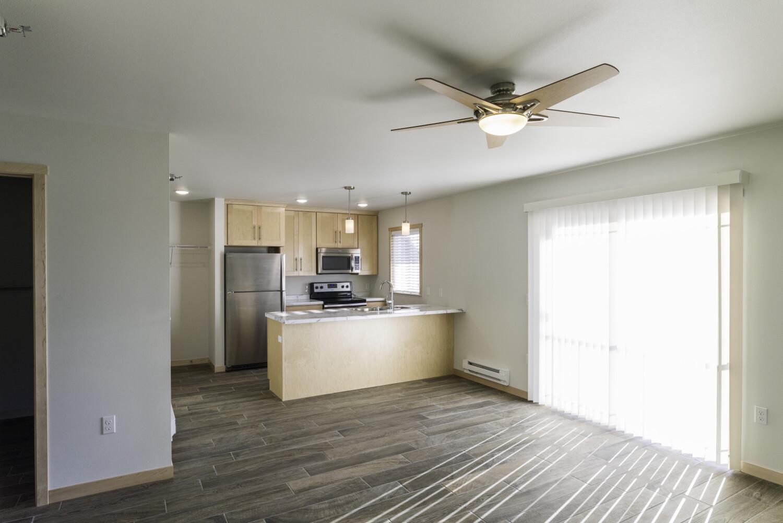 end-unit-living-room-kitchen-slider
